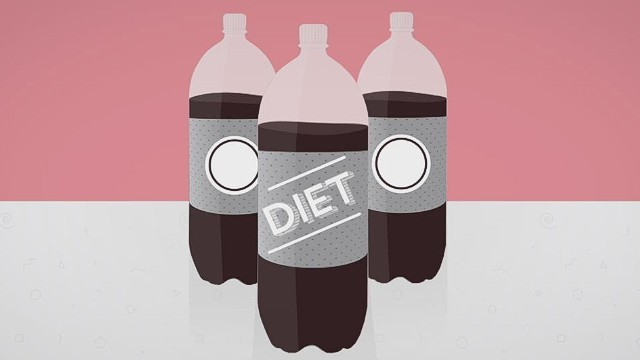 Study Links Diet Soda to Increased Risk of Stroke and Heart Attack in Postmenopausal Women