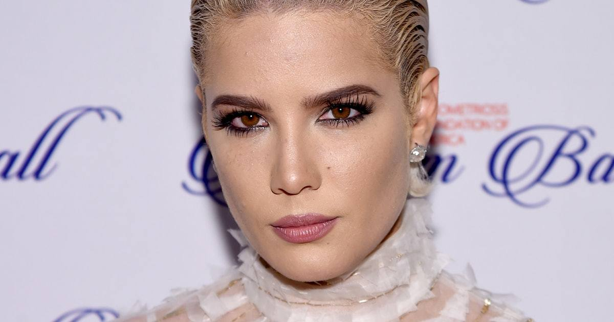 Pop Singer Halsey Froze Her Eggs Because of Endometriosis